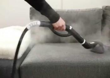 Πώς να καθαρίσεις τον καναπέ του σαλονιού!
